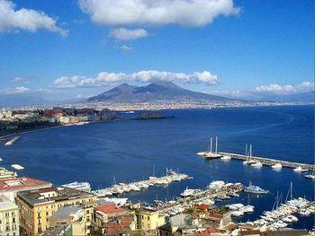Italia – Napoles – Información turistica y guia de viaje de la ciudad de napoles
