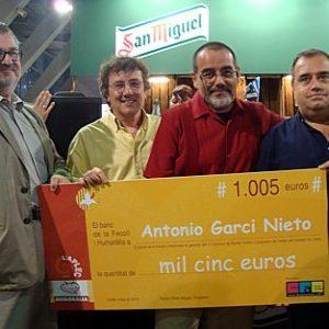 http://viajerosonline.org/creativo/otros/guanyador_humoralia2012.jpg