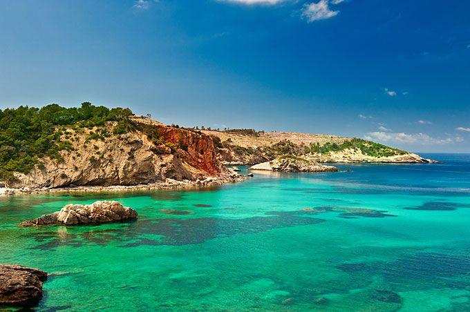 Las 10 playas secretas más bonitas de Europa / www.viajesiltrida.com / Les 120 platges secretes mes boniques d'Europa