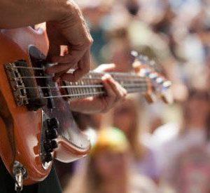 Viajes a los 20 mejores festivales de música del 2013 – AVASA VIAJES ILTRIDA /  ILTRIDA VIAJES BARCINO – Viatges als 20 millors festivals de mísica del 2013