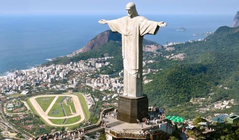 Empieza la cuenta atrás para el Mundial de Futbol de Brasil / Comença el compte enrera pel Mundial de futbol de Brasil