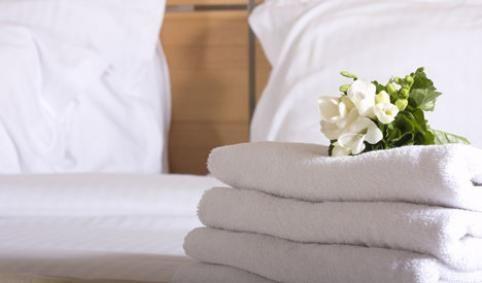 5 ESCANDALOS DE FAMOSOS EN HOTELES / 5 Escándols de famosos en Hotels