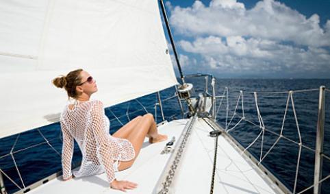 8 MANERAS DE TRABAJAR Y VIAJAR AL MISMO TIEMPO / 8 formules per viatjar i treballar alhora