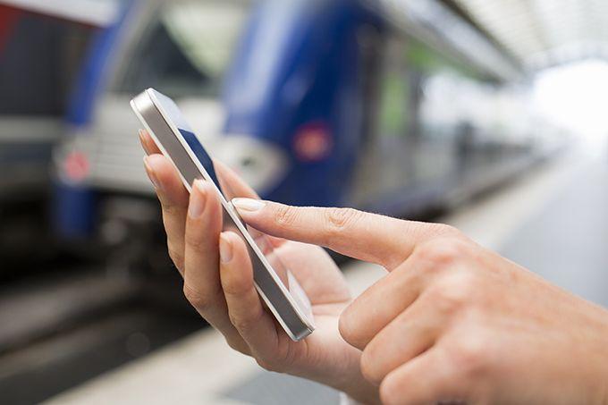 Las 12 aplicaciones para móvil que los expertos de ILTRIDA VIAJES y los mejores bloggers de viajes usan / Les 12 millors aplicacions que els experts d' ILTRIDA VIATGES i els millors bloggers de viatges utilitzen