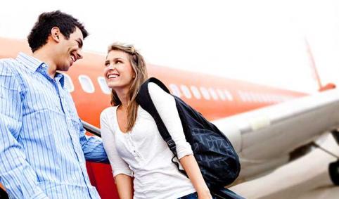 Te contamos cómo ligar en un aeropuerto / T'expliquem com lligar en un aeroport